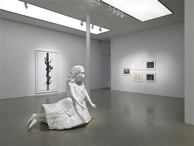 b/w, exhibition view, timothy taylor gallery, london