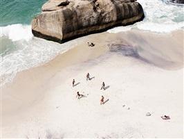 beach soccer (rio de janeiro) by josef hoflehner