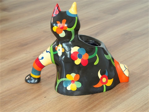 chat vase by niki de saint phalle