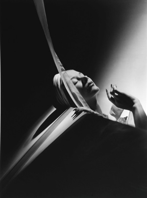 lisa with turban, paris, 1939 by horst p. horst
