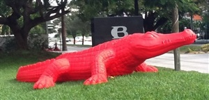 giant red alligator by cracking art group