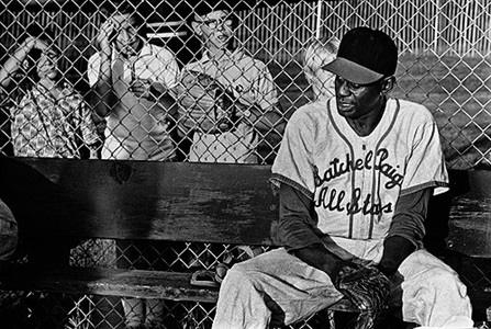 satchel paige with children by steve schapiro