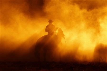 dust by hannes schmid