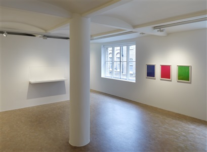 old rope, curated by polly morgan<br /> susan collis, martin creed, tracey emin, boo saville, amba sayal-bennett, sue webster<br /> installation view, pippy houldsworth gallery