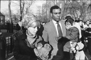 central park zoo, new york by garry winogrand