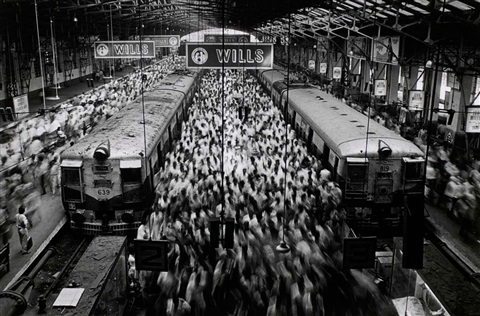 churchgate station bombay india by sebastião salgado