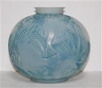 possion vase by rené lalique