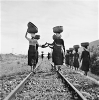 ndochina. 1952. barau, a meo (or hmong) village. cham women returning from the market. by werner bischof