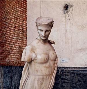 venere statua by antonio petracca