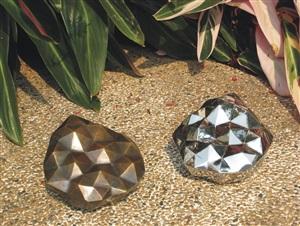 c & wg stars (a pair) by man fung-yi