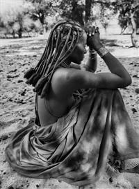 a himba woman, kaokoland, namibia, 2005 by sebastião salgado