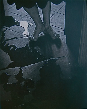 feet with puddle by manuel alvarez bravo