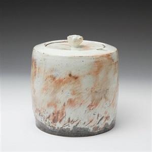 lidded jar by kang hyo lee