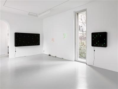 installation view lisson gallery milan by tatsuo miyajima
