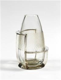 vase à structure géométrique asymétrique by boris jean lacroix