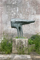 anvil figure by kenneth armitage