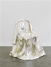 la chaise drapée by marina karella