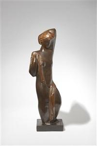 femme à l'echarpe, bronze à patine marron by joseph csaky