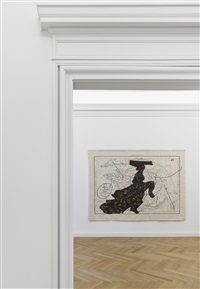 carte de france divisée (dancing lady) (installation view) by william kentridge