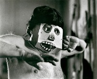 picasso with ape mask by david douglas duncan