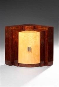 rare meuble d'angle d'inspiration cubiste en placage de noyer et sycomore by paul dupré-lafon