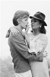 elizabeth taylor and david bowie by terry o'neill