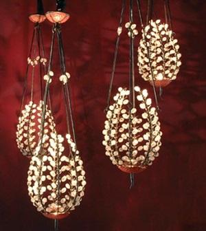 lanternes perles by andré dubreuil