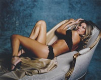 gisele on couch, new york by sante d'orazio