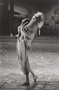 marilyn on the set of something's got to give, page 33 (roll 7, frame 33) by lawrence schiller