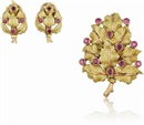 Buccellati, Brooch and Pair of Earclips
