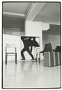 Claudio Abate, Performance di Yvonne Rainer (Con Philips Glass) al festival Music and Dance U.S.A. l'Attico - Roma