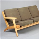 Hans J. Wegner, GE 290 A three-seated sofa (model GE 290/3)