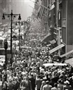 Andreas Feininger, Lunch Rush on 5th Avenue, New York