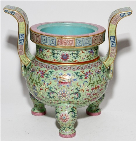 CHINESE ENAMEL DECORATED PORCELAIN CENSER, H 10 3/4