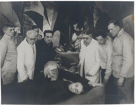Caligari decouvre l'assassin by Walter Reimann and Hermann Warm
