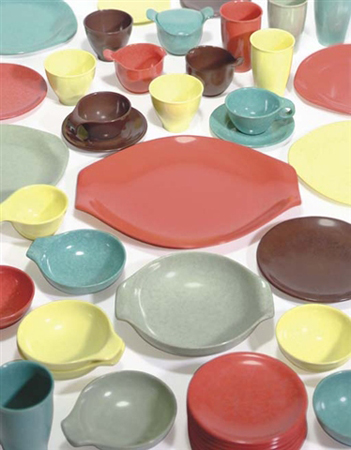 Residential dinnerware (in 81 parts) by Russel Wright