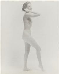 standing nude by erwin blumenfeld