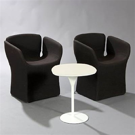 Bloomy Coffee Table And Two Chairs Set Of 3 By Patricia Urquiola