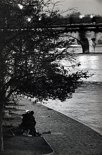 Untitled (Couple by a Bridge), Paris